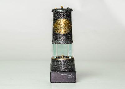 Lampara minero resina-Nueva Imagen Publicidad Bierzo